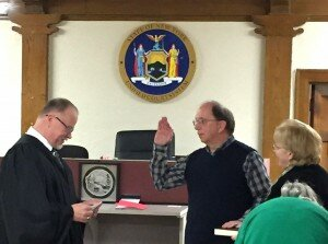 Joe sworn in w judge 2017 2 crop